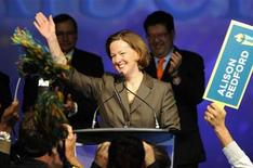 <p>Alberta Progressive Conservative party leadership winner Alison Redford waves to supporters following the results of the leadership race in Edmonton October 2, 2011. REUTERS/Dan Riedlhuber</p>
