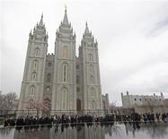<p>Members of the Church of Jesus Christ of Latter Day Saints gather around the Mormon Salt Lake Temple at the 181st Annual General Conference of the church in Salt Lake City, Utah, in this April 3, 2011 file photo. REUTERS/George Frey/FIles</p>