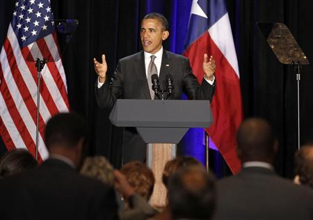 President Barack Obama speaks at a fundraiser in Dallas,Texas, October 4, 2011. REUTERS/Larry Downing