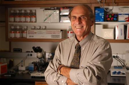 Nobel prize for medicine winner, Canadian-born Ralph Steinman, is seen in an undated handout photo.  REUTERS/Zach Veilleux/Rockefeller University/Handout
