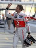 O piloto da McLaren Jenson Button foi o mais rápido nos treinos livres para o GP do Japão de F1. REUTERS/Toru Hanai