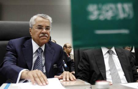 Saudi Arabia's Oil Minister Ali al-Naimi looks at documents at the beginning of an OPEC meeting in Vienna, June 8, 2011. REUTERS/Heinz-Peter Bader/Files