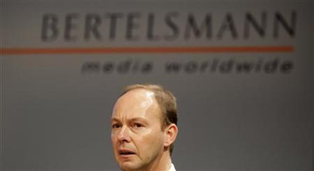 Thomas Rabe, Chief Financial Officer of Europe's largest media group Bertelsmann, addresses the annual press conference in Berlin, March 24, 2009.    REUTERS/Tobias Schwarz