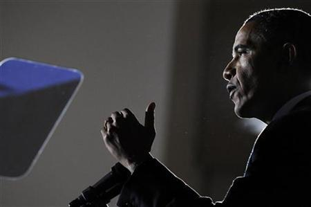 President Barack Obama gestures during remarks after meeting with the President's Council on Jobs and Competitiveness at the International Brotherhood Of Electrical Workers Local Union #5 Training Center in Pittsburgh, Pennsylvania, October 11, 2011.  REUTERS/Jonathan Ernst