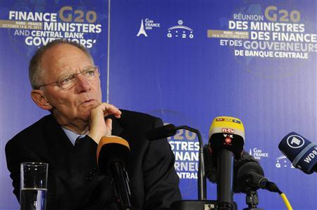 Germany's Finance Minister Wolfgang Schauble attends a news conference at the end of the G20 meeting of Finance Ministers and Central Bank Governors at the French Finance ministry in Paris October 15, 2011.   REUTERS/Gonzalo Fuentes