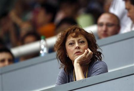 Actress Susan Sarandon watches a table tennis game during the Volkswagen 2011 China vs. World Team Challenge event in Shanghai June 25, 2011. REUTERS/Carlos Barria
