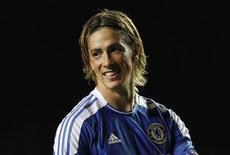 Fernando Torres comemora em jogo em que o Chelsea derrotou o Genk.     REUTERS/Eddie Keogh