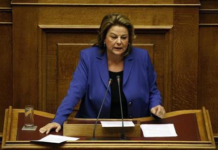 Parliamentarian Louka Katseli delivers a speech during a parliament session in Athens October 20, 2011.  REUTERS/Yiorgos Karahalis