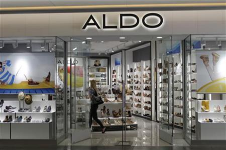 A customer shops in an Aldo shoe boutique in Hollywood, California April 15, 2011. REUTERS/Fred Prouser
