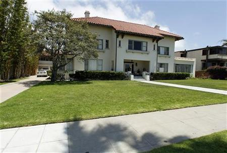 The Coronado home of Medicis Pharmaceutical Corp chief executive Jonah Shacknai is pictured in California July 14, 2011.  REUTERS/Mike Blake