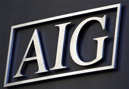 The logo of American International Group Inc. (AIG) on the outside of their corporate headquarters in New York, November 10, 2008.     REUTERS/Mike Segar