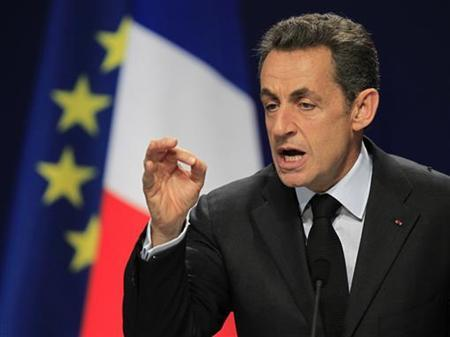France's President Nicolas Sarkozy gestures during a news conference on the second day of the G20 Summit in Cannes November 4, 2011. REUTERS/Charles Platiau
