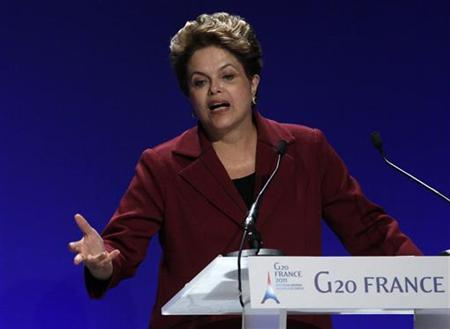Brazil's President Dilma Rousseff addresses a news conference at the end of the G20 Summit in Cannes November 4, 2011.         REUTERS/Yves Herman