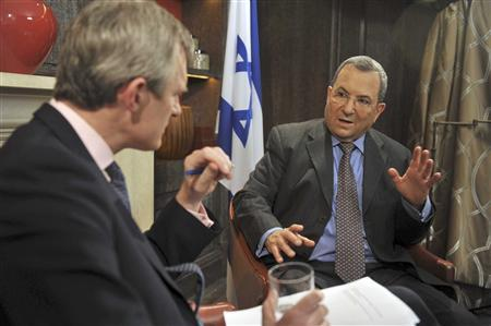 Israel's Defense Minister Ehud Barak (R) talks to Jeremy Vine, presenting the BBC's Andrew Marr Show, in London November 4, 2011. REUTERS/Jeff Overs/BBC/Handout