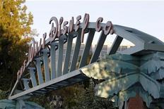 <p>Walt Disney fait état d'un chiffre d'affaires trimestriel supérieur aux attentes grâce à la hausse de la publicité sur ses réseaux câblés et à l'augmentation des ventes des parcs à thèmes malgré une conjoncture difficile. /Photo d'archives/REUTERS/Fred Prouser</p>