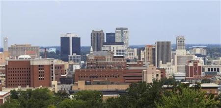 A general view of the city of Birmingham, Alabama, August 9, 2011. Alabama's Jefferson County submitted a second offer to creditors in an attempt to settle its $3.14 billion sewer bond debt, the county commission president said on August 8, 2011. Commissioner David Carrington gave no details of the contents of the latest offer. Jefferson County is struggling to avoid what would be the largest municipal bankruptcy in U.S. History.   REUTERS/Marvin Gentry