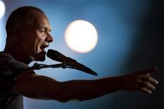 Sting se apresenta durante o Festival de Jazz de Montreux, Suíça. 11/07/2011 REUTERS/Valentin Flauraud