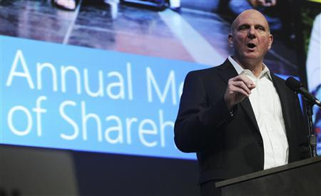 Microsoft Chief Executive Steve Ballmer speaks to attendees during Microsoft's annual shareholder meeting at Meydenbauer Center in Bellevue, Washington November 15, 2011. REUTERS/Anthony Bolante