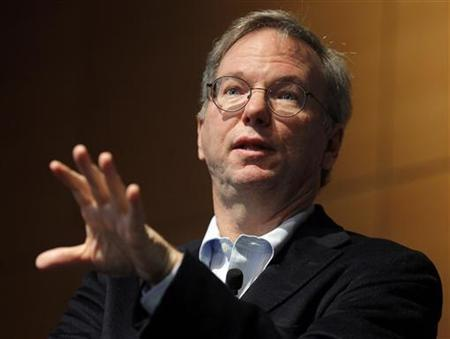 Google executive chairman Eric Schmidt speaks at The Sloan School of Management at the Massachusetts Institute of Technology in Cambridge, Massachusetts November 15, 2011. REUTERS/Brian Snyder
