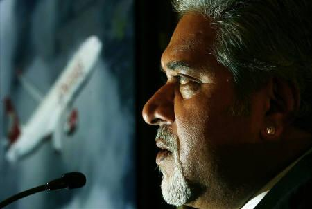 Kingfisher Airlines Chairman Vijay Mallya speaks during a news conference in London September 4, 2008.    REUTERS/Luke MacGregor/Files