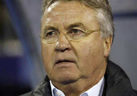 Turkey's head coach Guus Hiddink looks on during their Euro 2012 playoff qualifying soccer match against Croatia at Maksimir stadium in Zagreb November 15, 2011.    REUTERS/Nikola Solic
