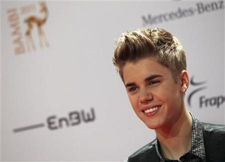 Canadian singer Justin Bieber arrives on the red carpet for the 63rd Bambi media awards ceremony in Wiesbaden, November 10, 2011. REUTERS/Alex Domanski