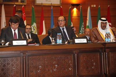 Arab League steps up pressure on Syria