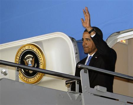 U.S. President Barack Obama arrives in Denpasar, Bali, November 17, 2011.  REUTERS/Jason Reed