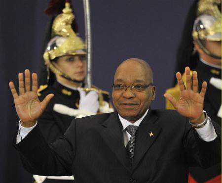 South Africa's President Jacob Zuma arrives for dinner at the G20 Summit of major world economies in Cannes November 3, 2011. REUTERS/Toby Melville