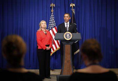 President Barack Obama announces that Secretary of State Hillary Clinton will travel to Myanmar, on the sidelines of the ASEAN Summit in Nusa Dua, Bali, November 18, 2011. REUTERS/Jason Reed