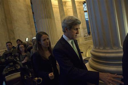 Senator John Kerry (D-MA) departs after an on-camera interview about the ''super committee'' near his office on Capitol Hill, November 21, 2011.   REUTERS/Jonathan Ernst