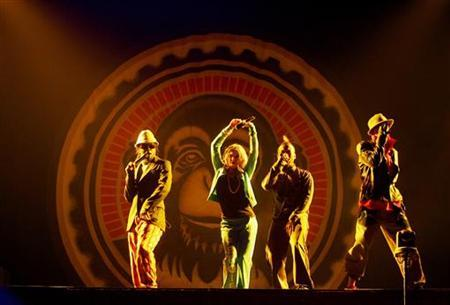 The Black Eyed Peas perform in Hong Kong in July 2006.      REUTERS/Bobby Yip