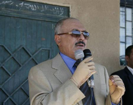 Yemen's President Ali Abdullah Saleh speaks during a visit to a Republican Guards brigade loyal to him near Sanaa November 19, 2011. REUTERS/Yemen Army/Handout