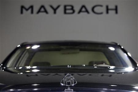 The hood ornament of a Maybach 62 car is seen at the Guangzhou Autoshow November 23, 2009. REUTERS/Tyrone Siu
