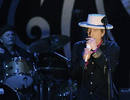 Rock legend Bob Dylan performs in Ho Chi Minh city in this April 10, 2011 file photograph. Dylan took to his website on May 13, 2011 to dispute accusations he bowed to censorship for his first ever concerts in China last month. REUTERS/Stringer/Files