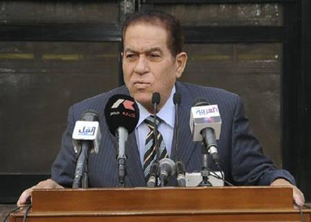 Egyptian new Prime Minister Kamal Ganzouri speaks at a news conference at the Defense Ministry in Cairo November 25, 2011. REUTERS/Middle East News Agency (MENA)/Handout