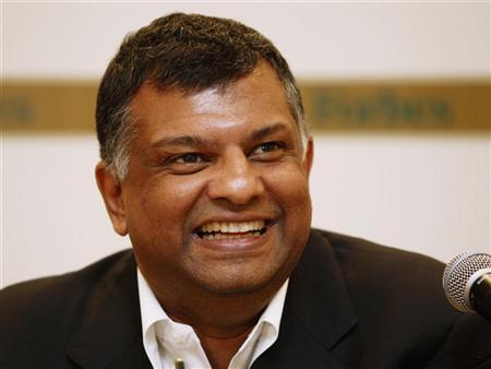 Malaysia's AirAsia Group CEO Tony Fernandes speaks during a news conference at Forbes Global CEO Conference in Kuala Lumpur September 14, 2011. REUTERS/Bazuki Muhammad