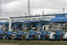 Общий вид на подземное газохранилище в Инчукалнсе, 10 января 2007 г. Литва в первом квартале 2012 года проведет международный тендер на право разведки сланцевого газа, сообщило правительство в понедельник. REUTERS/Ints Kalnins