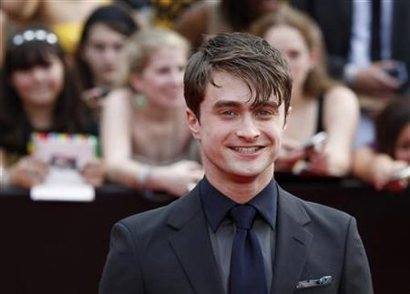 Cast member Daniel Radcliffe arrives for the premiere of the film ''Harry Potter and the Deathly Hallows: Part 2'' in New York July 11, 2011.  REUTERS/Lucas Jackson