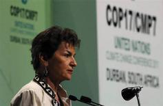 11月28日、約200カ国が参加する気候変動枠組み条約第17回締約国会議が南アフリカのダーバンで開幕した。写真は開幕に当たってスピーチするフィゲレス事務局長(2011年 ロイター/Mike Hutchings)