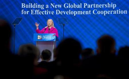U.S. Secretary of State Hillary Clinton delivers the keynote address at the Fourth High Level Forum on Aid Effectiveness in Busan November 30, 2011. REUTERS/Saul Loeb