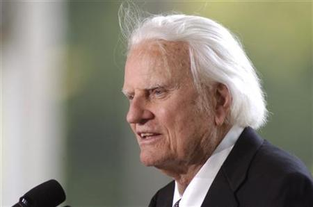 Evangelist Billy Graham in a 2007 photo.  REUTERS/Robert Padgett