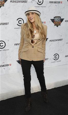Actress Brooke Mueller poses as she arrives for the taping of the television show ''The Comedy Central's Roast of Charlie Sheen'' at Sony studios in Culver City, California September 10, 2011.   REUTERS/Mario Anzuoni