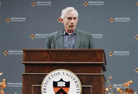 Nobel Prize for Economics winner Professor Christopher Sims of Princeton University speaks during a news conference at Princeton University in Princeton, New Jersey, October 10, 2011. REUTERS/Tim Shaffer