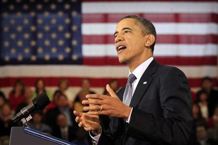 12月6日、オバマ米大統領は、米外交官と海外援助団体の職員らにスピーチし、海外でも同性愛者の権利向上に向けた活動を推進するよう訴えた。カンザス州で撮影(2011年 ロイター/Kevin Lamarque)