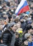 Люди на демонстрации на Болотной площади в Москве 10 декабря 2011 года. Разрешенные акции протеста в Москве и других городах России на выходных показали, что в стране есть демократия, заявил Белый дом США в понедельник. REUTERS/Tatyana Makeyeva