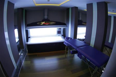 A view of a tanning bed at a spa facility at Mistral Hotel in Gniewino, which the Spanish soccer team has chosen as their hub for the Euro 2012 soccer championships, is seen in Gniewino November 30, 2011. REUTERS/Peter Andrews