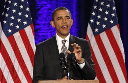President Barack Obama speaks at a campaign event in Washington December 13, 2011.   REUTERS/Kevin Lamarque
