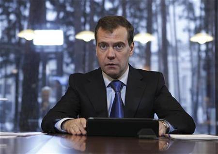 Russia's President Dmitry Medvedev meets with leaders of parliamentary political parties at the Gorki presidential residence outside Moscow December 13, 2011. REUTERS/Dmitry Astakhov/RIA Novosti/Kremlin