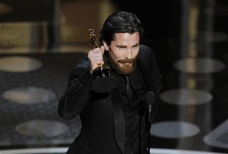 British actor Christian Bale accepts the Oscar for best supporting actor for his role in ''The Fighter'' during the 83rd Academy Awards in Hollywood, California, February 27, 2011.       REUTERS/Gary Hershorn